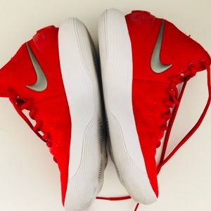 Nike Shoes - NIKE HYPER DUNK SIZE 8 WORN ONCE